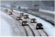 Tuyết rơi dày khiến giao thông tại Đức hỗn loạn