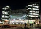 Trung tâm Berlin tê liệt vì bom